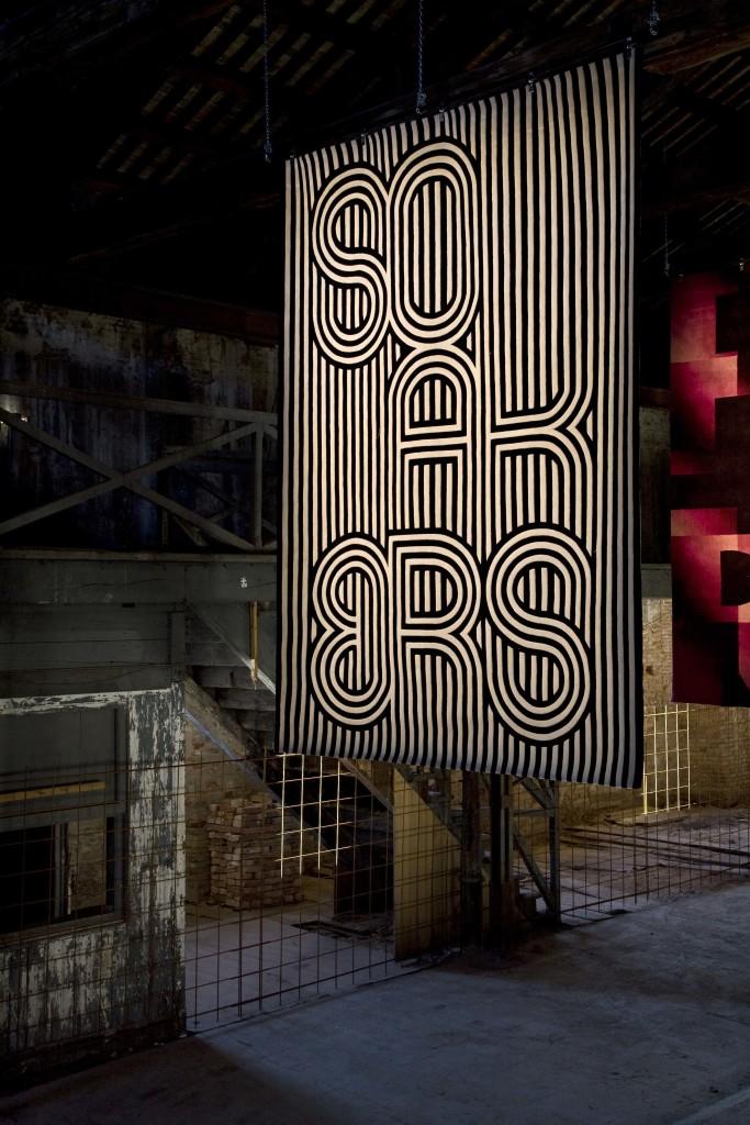 03.thonik-graphic_tapestries-Venice_Architecture_Biennale-2008